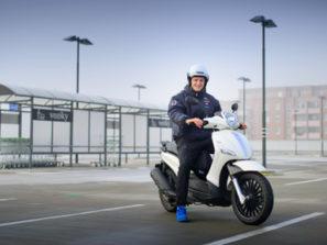 Lukáš Krpálek získal řidičský průkaz na motocykl v Autoškole VIP